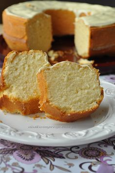 Babka kokosowa z białą czekoladą Kokos-Kuchen mit weißer Schokolade Coconut-Poundcake With White Chocolate Sweet Recipes, Cake Recipes, Dessert Recipes, Polish Desserts, Sour Cream Pound Cake, Different Cakes, Sweets Cake, Tea Cakes, Pumpkin Cheesecake