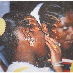 Black Girl Aesthetic, Brown Aesthetic, Soft Ghetto, Ghetto Fabulous, Vintage Black Glamour, Black Girls Hairstyles, Vintage Hairstyles, My Black Is Beautiful, Black Power