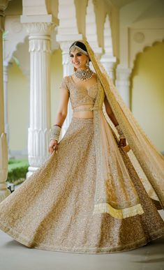 Looking for Bridal Lehenga for your wedding ? Dulhaniyaa curated the list of Best Bridal Wear Store with variety of Bridal Lehenga with their prices Golden Bridal Lehenga, Wedding Lehnga, Muslim Wedding Dresses, Indian Bridal Lehenga, Indian Bridal Outfits, Indian Bridal Fashion, Indian Bridal Wear, Indian Designer Outfits, Wedding Mandap