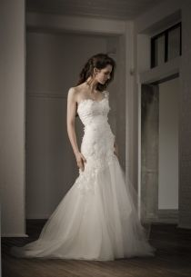 Floor Length One-shoulder Sexy Mermaid Lace Wedding Dress