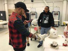 Photos : Hamilton visite la NASA - F1i.com