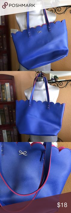 Bath and Body Works giant tote scalloped Brand new original price with tags 35.90 giant versatile tote 👜 Bath & Body Works Bags Totes