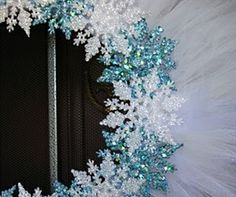 Absolutely beautiful Christmas decoration DIY tutorials.. stunning! Pinned by Rikki-Lee Wrightson