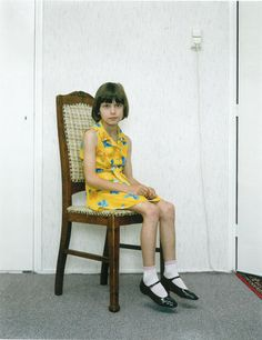 Almerisa im Jahr 1996. Mehr zur Ausstellung hier: http://www.nachrichten.at/nachrichten/kultur/Bilder-und-Geschichten-vom-Aelterwerden;art16,1233629 (Bild: Rineke Dijkstra)