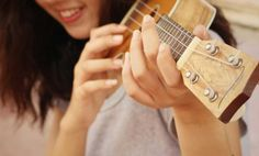 44 Ideas De Ukeleles Más Ukelele Guitarras Arte Ukelele