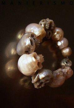 Pearl skull ring