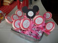 Minnie Mouse swirl pops (Michael's wedding favors) with Valentines Day M)