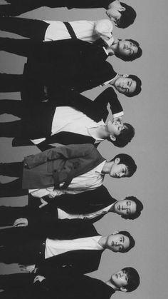 Kpop Exo, Exo Bts, Got7, Baekhyun, Park Chanyeol, K Pop, Exo Group Photo, Group Photos, Exo Album