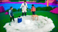 Learn that weather is what the atmosphere is like around us on any given day. It can be sunny, cloudy, stormy, raining or snowing. Weather Videos For Kids, Science Videos For Kids, Weather Lessons, Science Topics, Easy Science, Lessons For Kids, Science Lessons, Sound Science, Experiments Kids