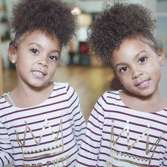 Smile back if life is good  . . #mccluretwins #mccluregirls #mcclurefamily #hair #naija #naturalhair #natural #sisters #biracial #cutekids…