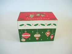 Vintage Christmas Recipe Box Metal Recipe by QueeniesVintageFinds, $10.00