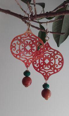 Dangle & drop earrings with resin, crystal beads and filigree component / Boho earrings / Plexiglas earrings /Filigree earrings Filigree Earrings, Boho Earrings, Drop Earrings, Crystal Beads, Crystals, Hippie Boho, Resin, Dangles, Christmas Ornaments