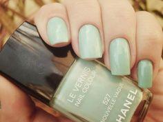 wedding nails- mint green!