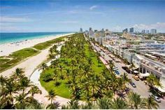 This sleek 2 bedroom 2.5 bath provides unobstructed views of the ocean, Lummus Park and a seductive South Beach city view.