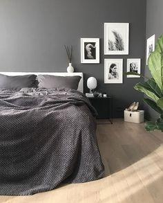 home decor bedroom wall decor Men's Bedroom Design, Home Decor Bedroom, Living Room Decor, Bedroom Ideas, Gray Bedroom, Bedroom Wall, Master Bedroom, Grey Walls, Luxurious Bedrooms
