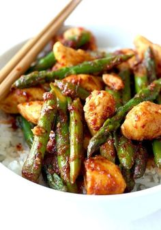 Korean Chicken Stir-Fry with Asparagus recipe by SeasonWithSpice.com @Season with Spice - Asian Spice Shop