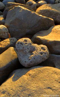 Natural stone heart