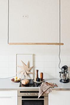 Adventskalender: MUNK Collective – Gewinne eine PALO Lampe Diy Light, Home Kitchens, Kitchen Dining, Designer, Mid-century Modern, Shelves, Interior, Projects, Inspiration