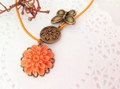 Midori Traveler's Notebook Charm with Resin Flower by PrettySang