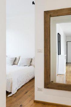 Mix di stili per una ristrutturazione di successo H & M Home, Interior Design Studio, Modern Industrial, Sweet Home, Bedroom, Gallery, House, Furniture, Open Plan