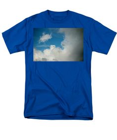 Pelican Men's T-Shirt (Regular Fit) featuring the photograph Flying Into The Storm by Cynthia Guinn