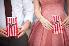 Drive in Movie themed engagement pictures!!!!! Oh wow! Heavenly!