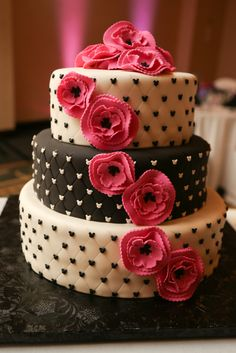 A Pink and Black Disney Wedding - Love the cake with hidden mickeys