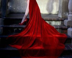 #RED (Source: dear-miss-lonely-heart, via sirencallsmehome)