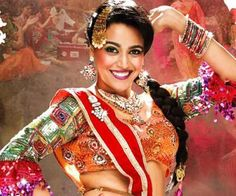 Swara Bhaskar set the stage on fire with her dance moves in Delhi to promote her upcoming film Anaarkali of Aarah.