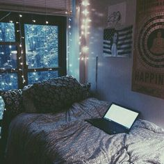 Probably The Most Beautiful Girls Bedroom Dream Rooms – My Life Spot Tumblr Bedroom, Tumblr Rooms, Dorm Room Tumblr, Dream Rooms, Dream Bedroom, Light Bedroom, Bedroom Black, Dark Cozy Bedroom, Bedroom Ideas For Small Rooms Cozy