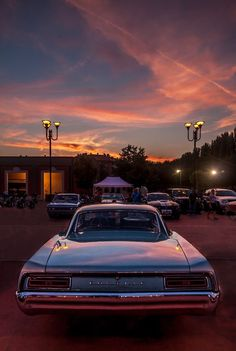 Pontiac at sunset by Marco Ledda on 10 Basic Things Every Car Owner Should Know It's so easy to get a car these days. Sunset Wallpaper, Retro Wallpaper, Aesthetic Pastel Wallpaper, Aesthetic Wallpapers, Aesthetic Backgrounds, Retro Cars, Vintage Cars, Car Interior Design, Pontiac