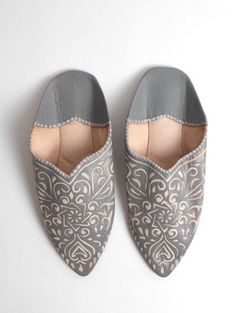 Finest leather babouche slippers handcrafted using traditional techniques in Marrakech, Morocco. Bohemian fair trade babouche slippers for men, women and children. My husband bought these shoes for me 4/17/16 cant wait for them to arrive.