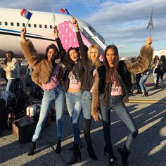 Model BFFs, Morning Workouts and Kardashian Visits: Inside Kendall Jenner's Trip to Paris for the Victoria's Secret Fashion Show   E! News