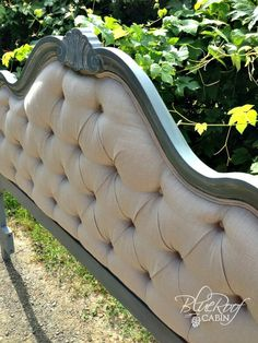 So beautiful - not that I could ever get it to look like this one!! DIY Diamond Tufted Head Board