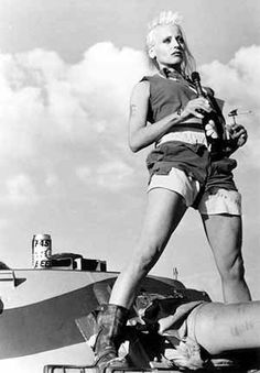 Vintage photo of Lori Petty in the film Tank Girl, Tank Girl, Chernobyl, Lori Petty, Science Fiction, Burning Man Fashion, Girl Inspiration, Fashion Inspiration, Fashion Trends, Girl Photos
