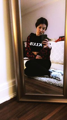 INSTAGRAM: alexaneri__  Flannel: Spikes and Seams (via Etsy) Crop Top: Kendall + Kylie Shoes: Yeezy Boost 350