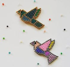 VK is the largest European social network with more than 100 million active users. Bead Embroidery Jewelry, Beaded Embroidery, Hair Beads, Perler Beads, Beading Patterns, Beaded Earrings, Necklace Set, Handmade Jewelry, Pendants