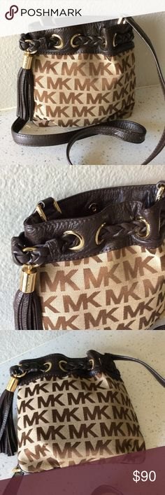 """Michael Kors braided groomed cross body bag Like new condition, monogram canvas with leather adjustable cross body strap color brown, outside pocket , snap main closure , inside with a zipper pocket , size 8.5"""" x 8.5"""", no dust bag Michael Kors Bags Crossbody Bags"""