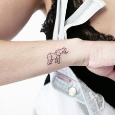 Glorious Tattoos For Anyone Who Loves Animals 27 Glorious Tattoos For Anyone Who Loves Animals Little Elephant Tattoos, Simple Elephant Tattoo, Little Tattoos, Cute Tattoos, Small Tattoos, Elephant Finger Tattoo, Uv Ink Tattoos, Tatoos, Ear Tattoos