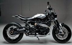 LowRide magazine puts the BMW R nineT on a diet Bmw Motorcycles, Custom Motorcycles, Custom Bikes, Custom Bmw, Custom Cafe Racer, Nine T, Bmw Scrambler, Bmw Boxer, Moto Bike