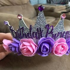 Best Indoor Garden Ideas for 2020 The number of internet users who are looking for… Sofia The First Birthday Party, Baby Birthday, Birthday Crowns, Diy Arts And Crafts, Crafts For Kids, Captain America Birthday, First Birthday Decorations, Diy Hair Accessories, Princess Party