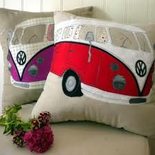 Camper van cushion by Lara Sparks Embroidery Camper Cushions, Pin Cushions, Volkswagen Bus, Combi Ww, Sewing Crafts, Sewing Projects, Vw Camping, Sewing Pillows, Patchwork Quilting