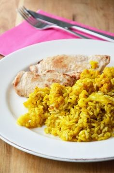 Indiai karfiolos rizs sült csirkemellfilével Cooking Recipes, Healthy Recipes, Healthy Food, Risotto, Chicken Recipes, Food And Drink, Rice, Ethnic Recipes, Kitchen