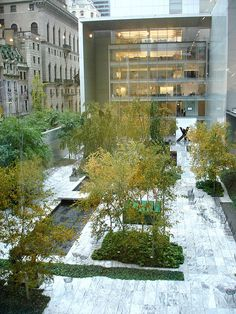 The Abby Aldrich Rockefeller Sculpture Garden at the Museum of Modern Art in New York - design by Philip Johnson