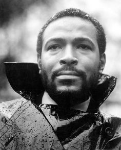 Marvin Gaye.  High collar...MAXemotion...looks like he's been crying on his jacket.  Weird dandruff (snow).
