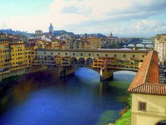 Ponte Vecchio (Old Bridge), Florence Italy by ggarner, via Flickr