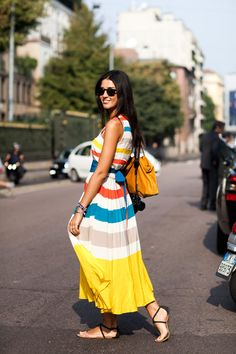 Street style in Milan via The Sartorialist The Sartorialist, Summer Fashion Outfits, Cute Summer Outfits, Spring Summer Fashion, Summer Dresses, Maxi Dresses, Summer Maxi, Summer Clothes, Summer Time