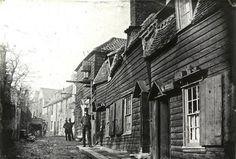 Strand Yard- Highgate 1900 - Old London Victorian London, Vintage London, Old London, Victorian Life, Victorian Photos, North London, London Pictures, London Photos, Old Pictures