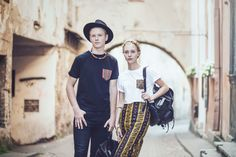 Apranga, avalynė ir aksesuarai Meraki (dizainerių duetas - Vaidas & Laurelle Budvytis). Clothing, shoes and accesories by Meraki (designers  Vaidas & Laurelle Budvytis).