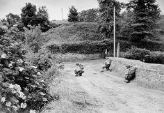 Cherbourg. June 27-28, 1944. American troops. Photo: Robert Capa
